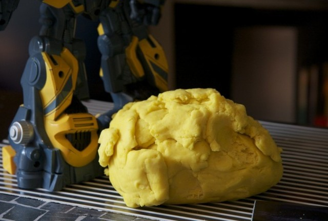 Play Dough: Microwave Recipe