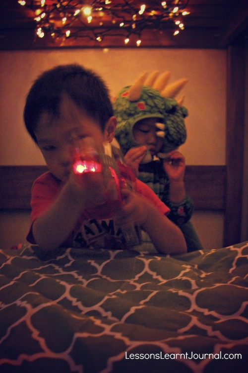 Open up your child's imagination by creating a fort with fairy lights. Lessons Learnt Journal.