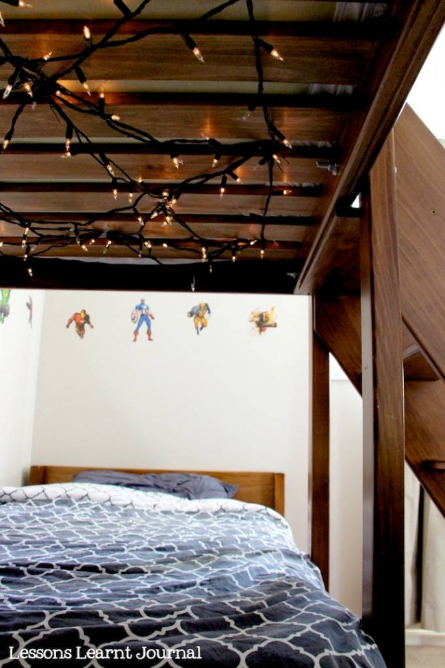 kids beds for small spaces: a bedroom for three