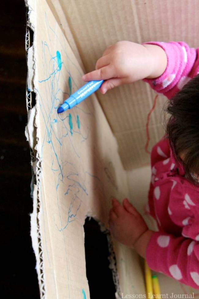 Baby Play Big Cardboard Box via Lessons Learnt Journal 04 (1)