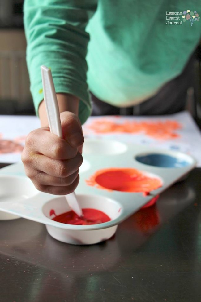 Play Kit for Quiet Time Exploring Painting Tools via Lessons Learnt Journal