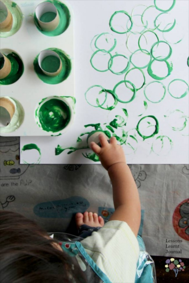 Christmas Activities for Kids- Playful Toddler Art via Lessons Learnt Journal 02