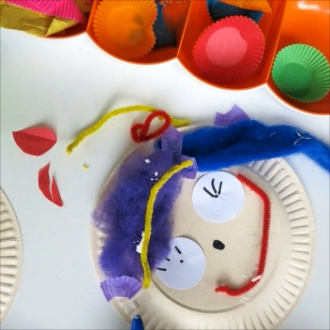 Make a Paper Plate Face to Show How You Feel via Village Voices on Kidspot